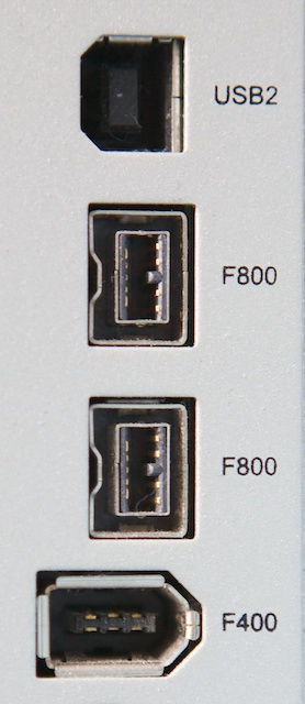 Computer cables: USB, Firewire 400, Firewire 800